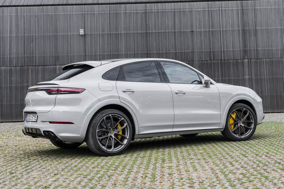 Driving Report Porsche Cayenne Turbo S E Hybrid Coupe