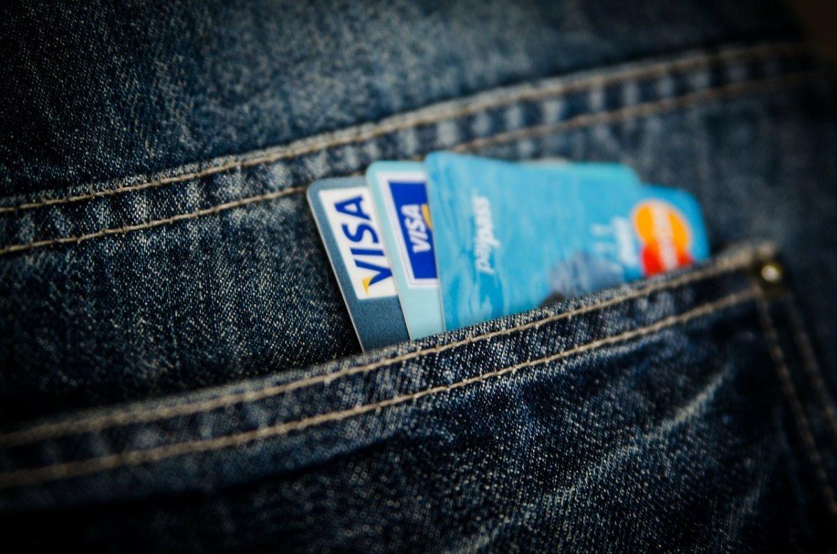 Bezahlen ohne PIN und Unterschrift: Forscher hacken Visas 50-Euro-Limit