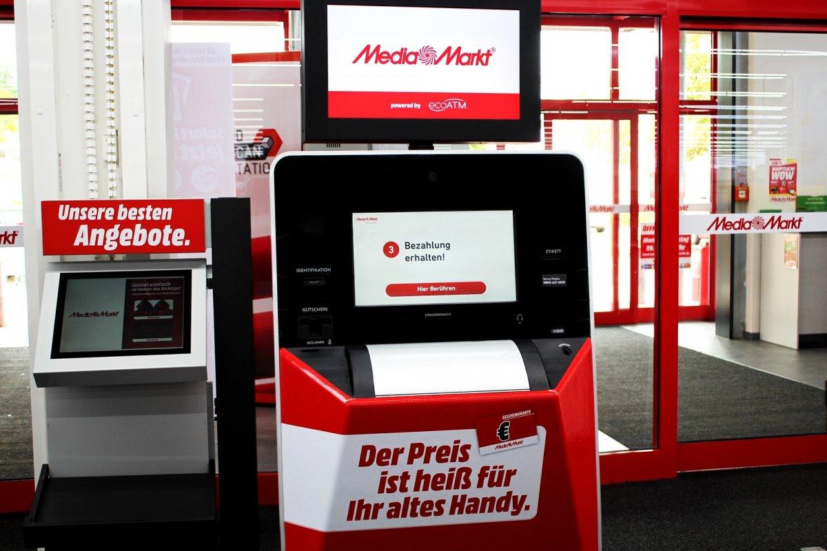 Automaten tauschen alte Smartphones gegen Einkaufsgutscheine