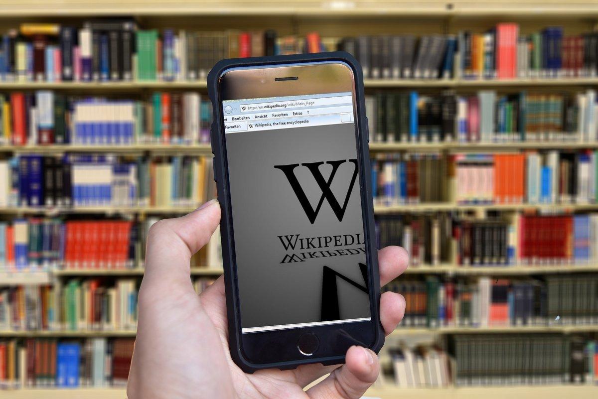 Infokrieg und Edit Wars: Politische Kampagnen auf Wikipedia