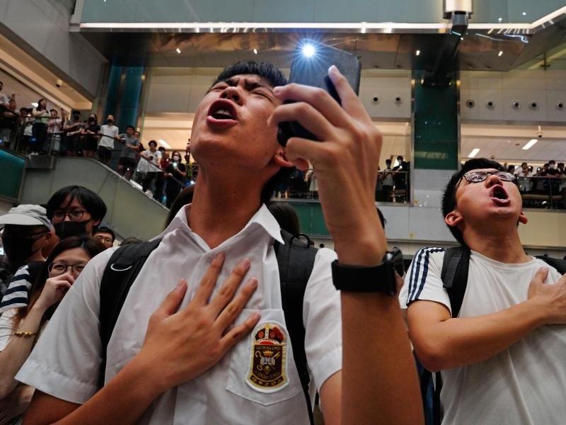 US-Politiker fordern Apple zur Freigabe von Hongkong-Protest-App auf