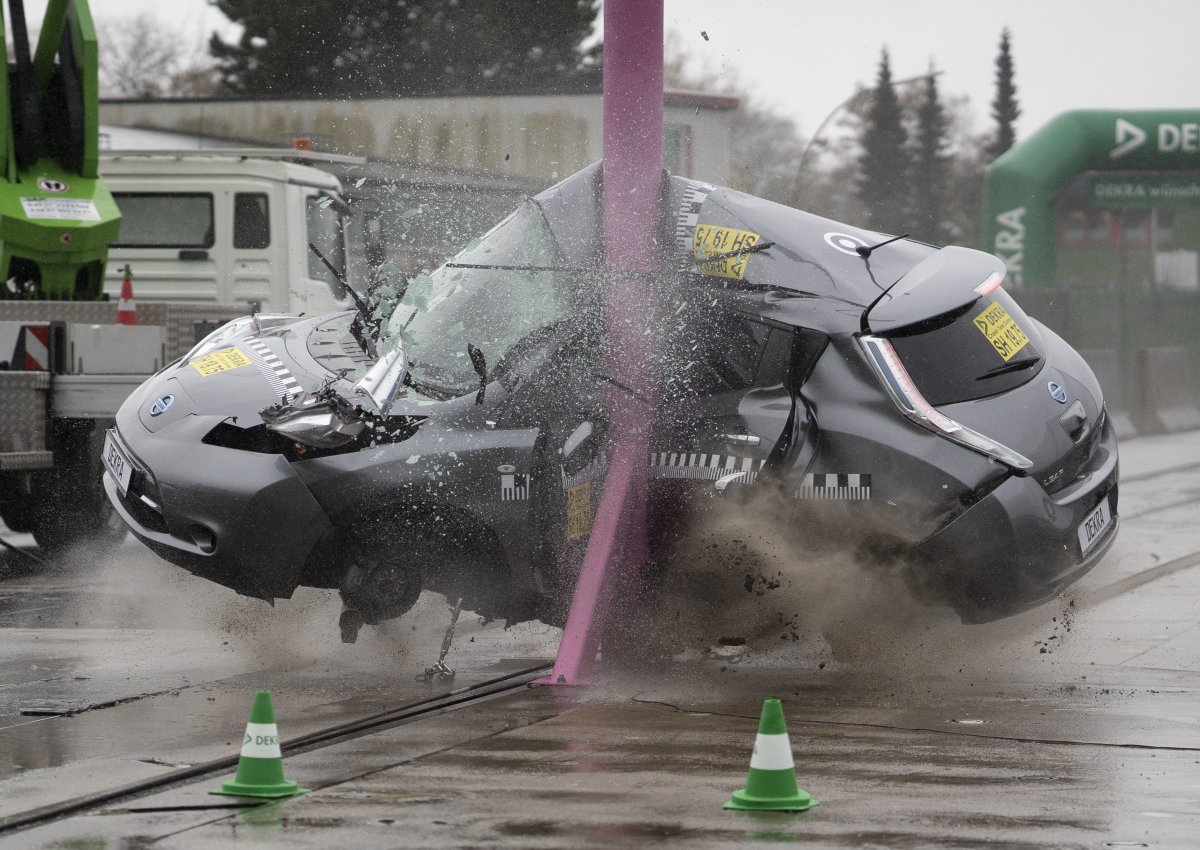 Elektroautos crashen ähnlich wie Verbrenner
