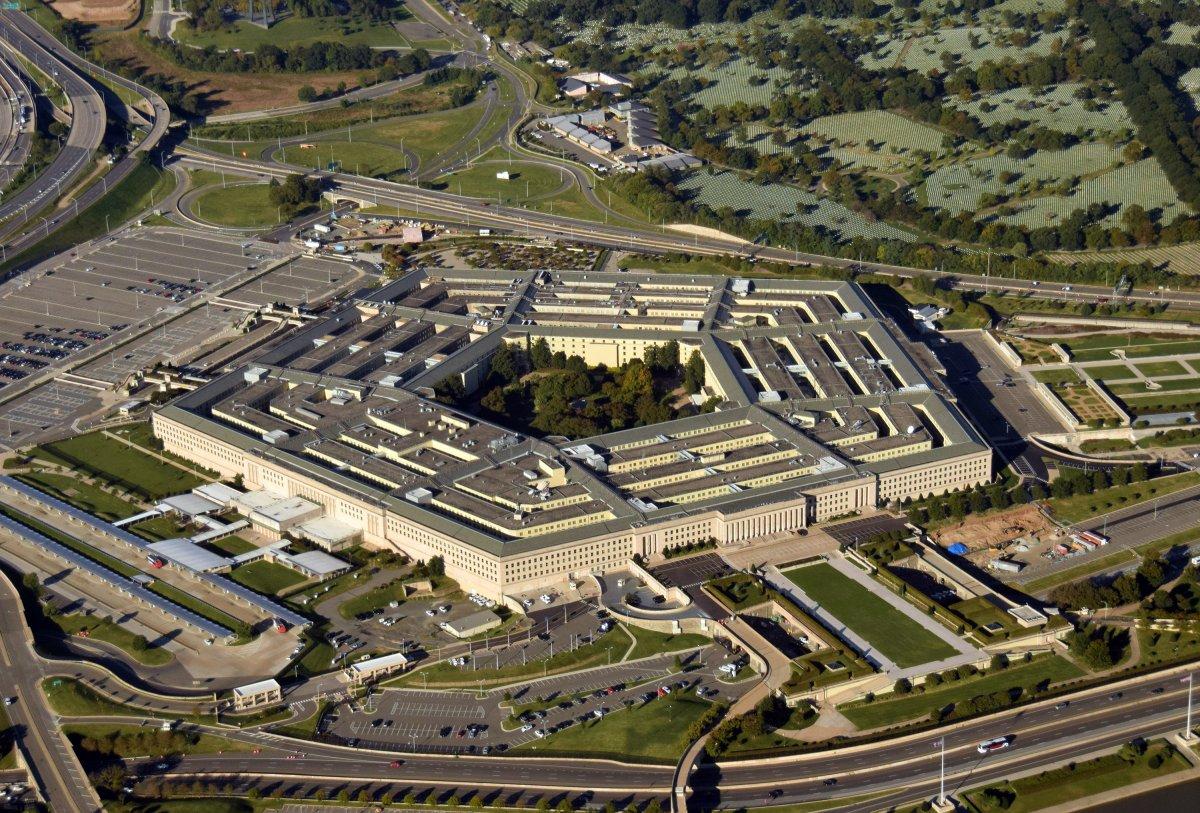 Amazon fordert Überprüfung von Pentagon-Auftragsvergabe an Microsoft