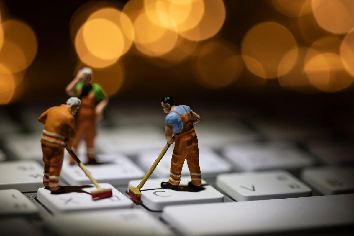 Auto, Maschinenbau, IT: Männer dominieren weiter technische Branchen - heise online