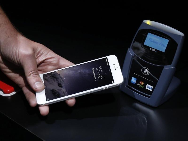 Apple Pay: Sparkassen bereit, Volksbanken brauchen noch