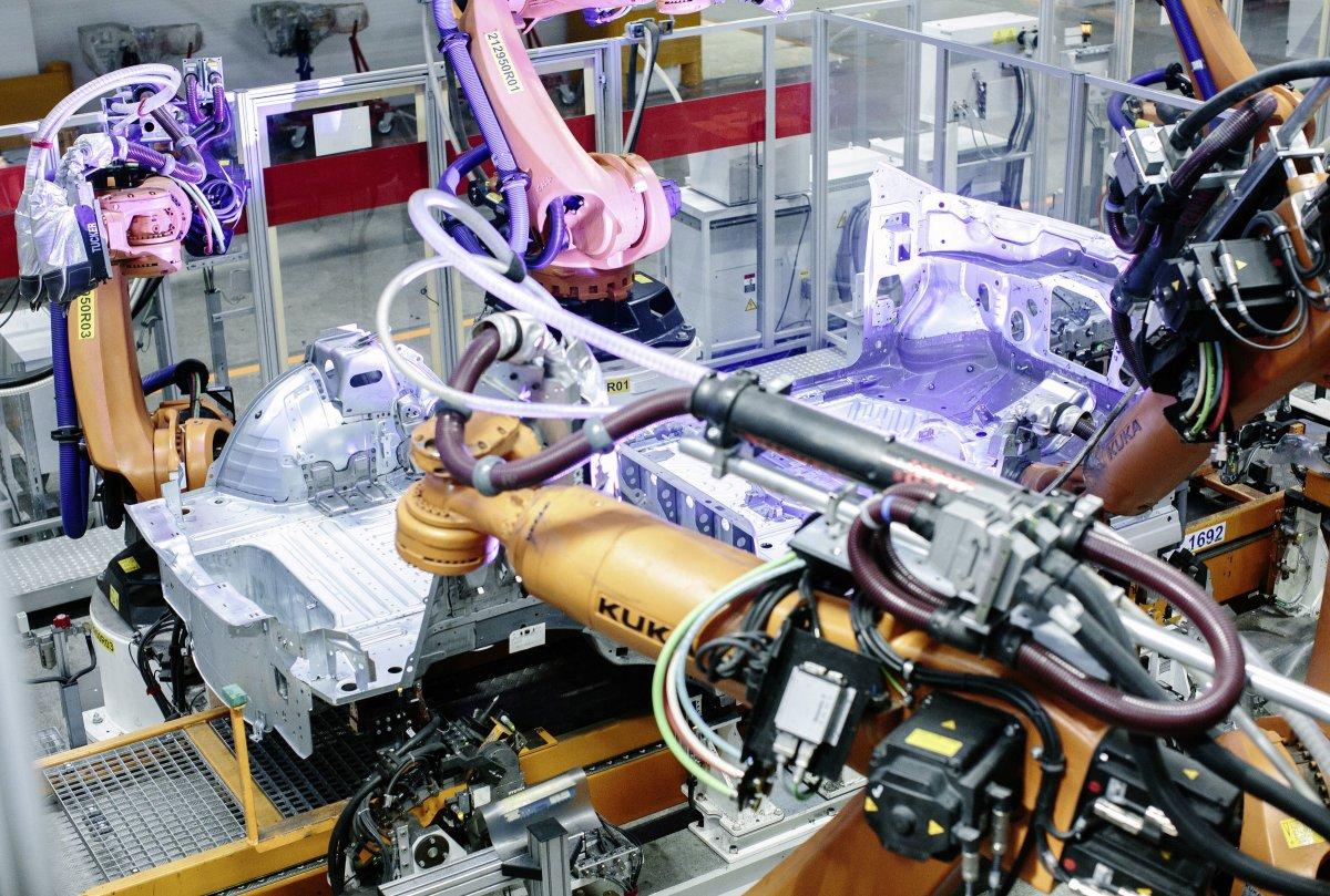 Wandel der Autoindustrie: IG Metall und Wirtschaft fordern staatliche Hilfe