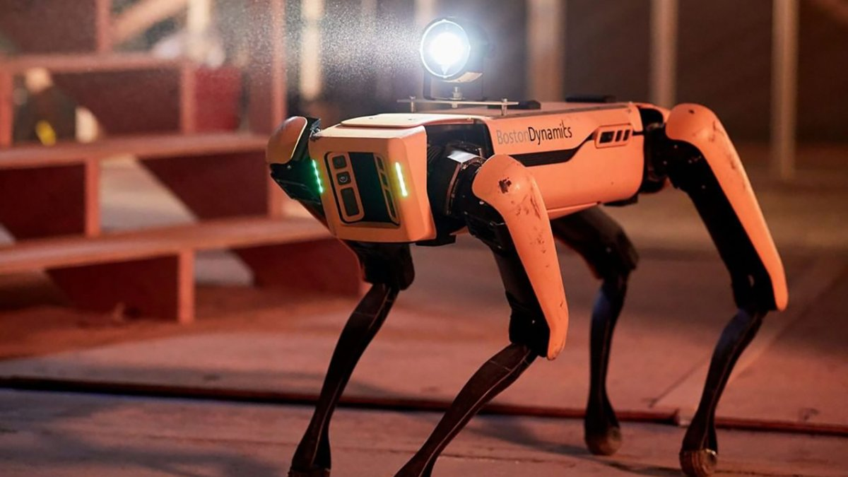 Boston Dynamics: CEO wechselt, Entwicklerkonferenz angekündigt