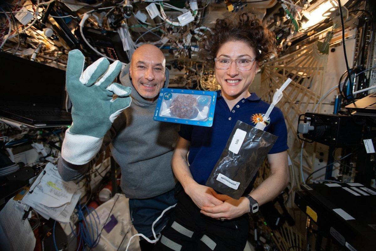 Raumfahrer backen erstmals Kekse auf der ISS