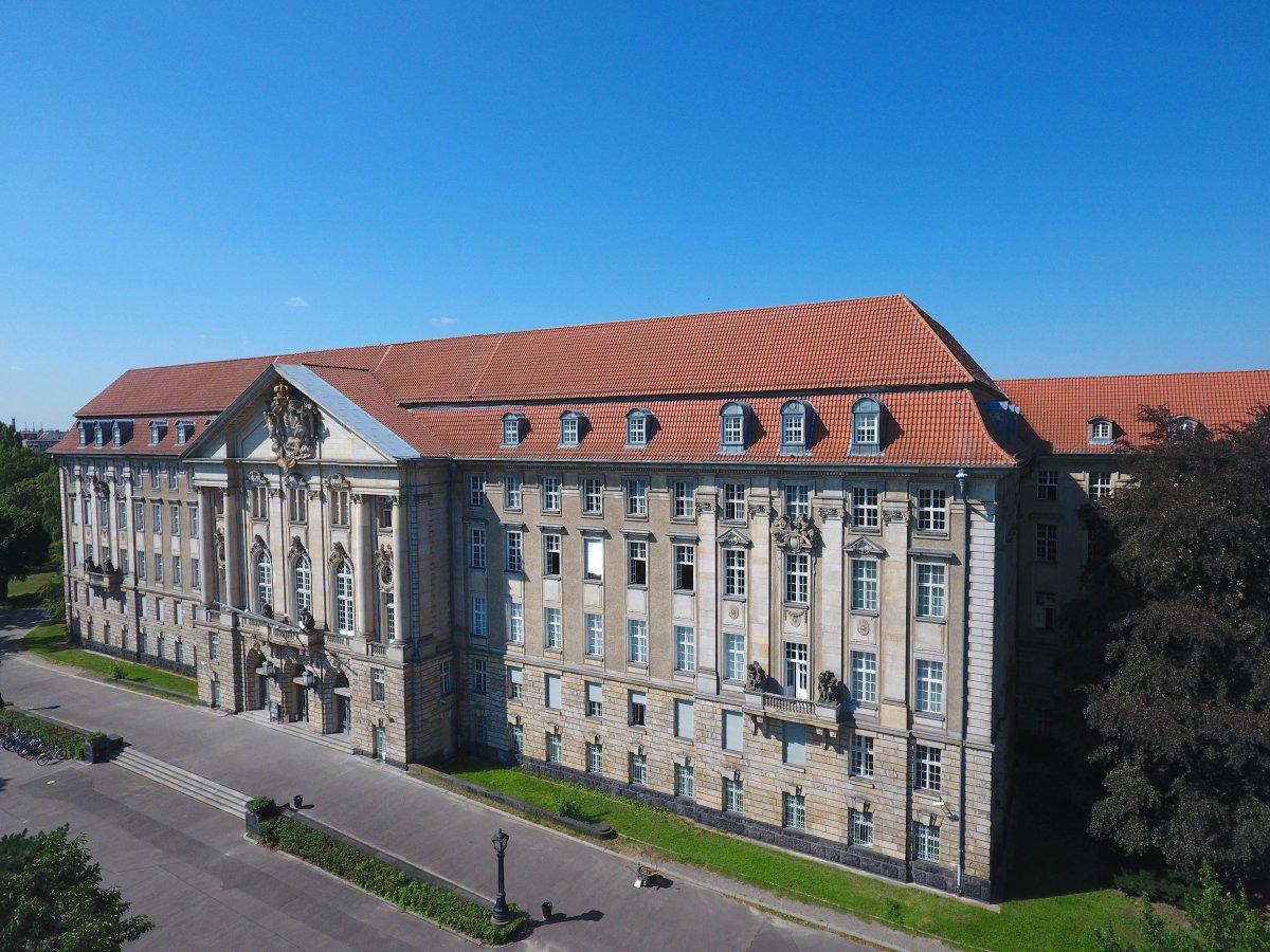 Emotet: IT-Totalschaden beim Kammergericht Berlin