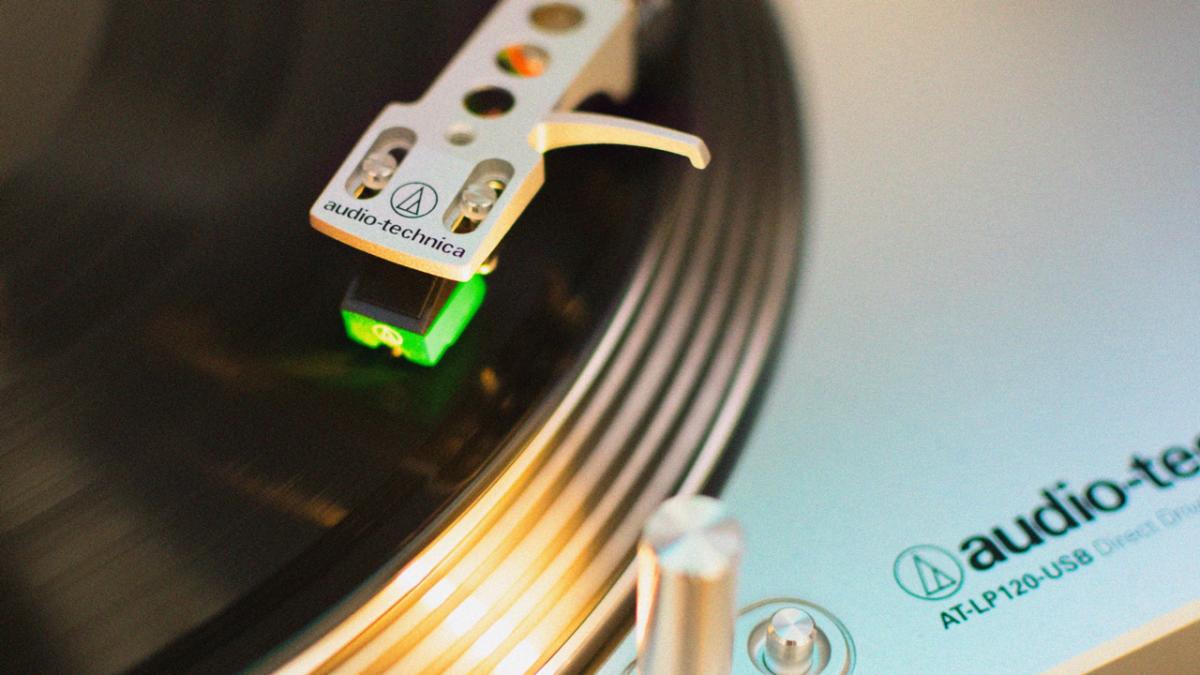 Rückkehr der Vinyl-LP: Umweltschützer kritisieren Herstellung und Plastikmüll