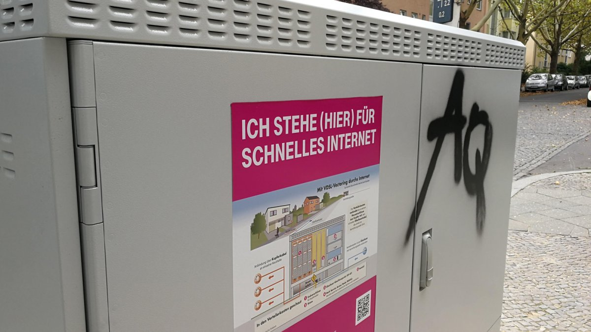 """Deutsche Telekom: """"Erfolgreichstes Jahr der Unternehmensgeschichte"""""""