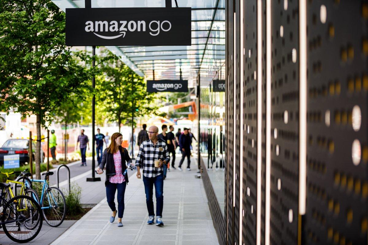 Amazon Go größer: Erster kassenloser Go Grocery in Seattle eröffnet