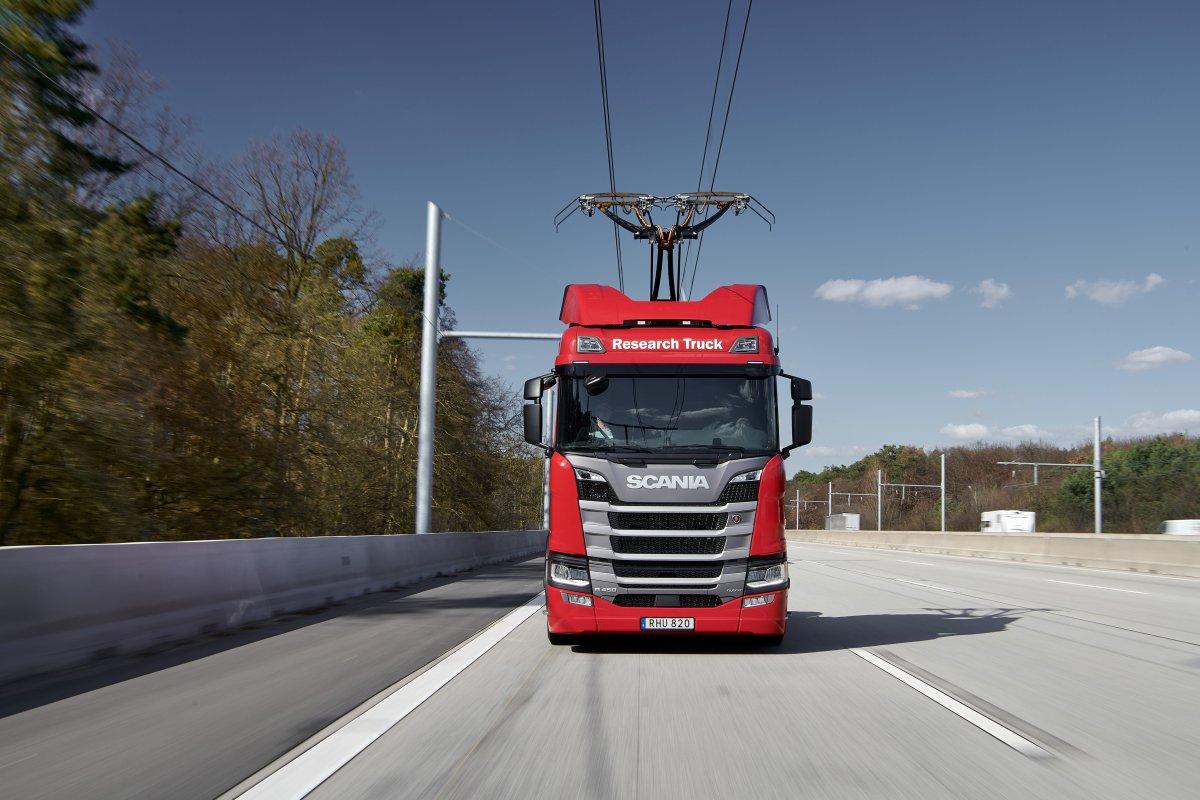 Reisebeschränkungen bremsen den Elektro-Highway aus