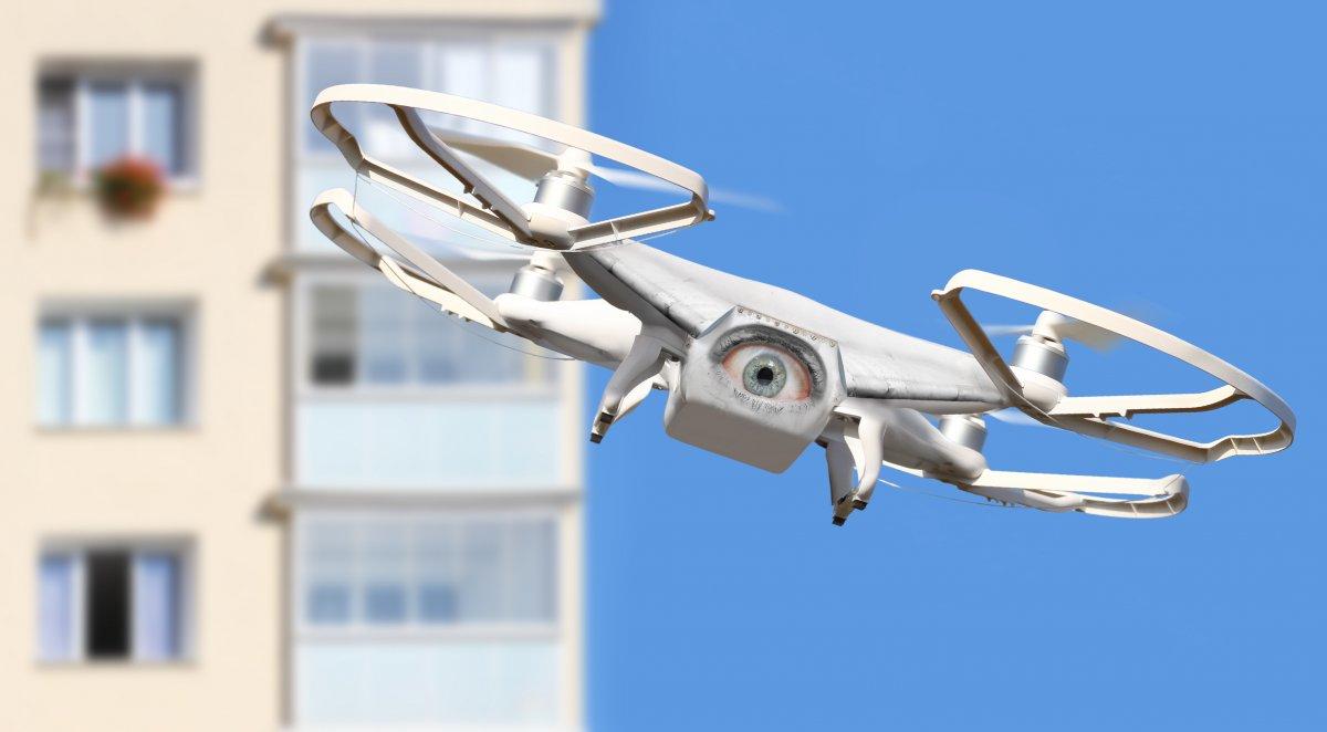 Drohneneinsätze: Überwachung und Hilfe