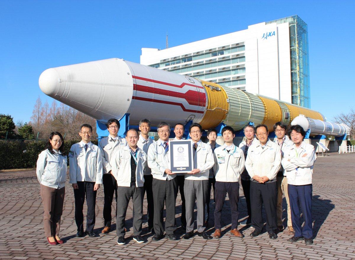 Post aus Japan: Nippon greift nach den Sternen