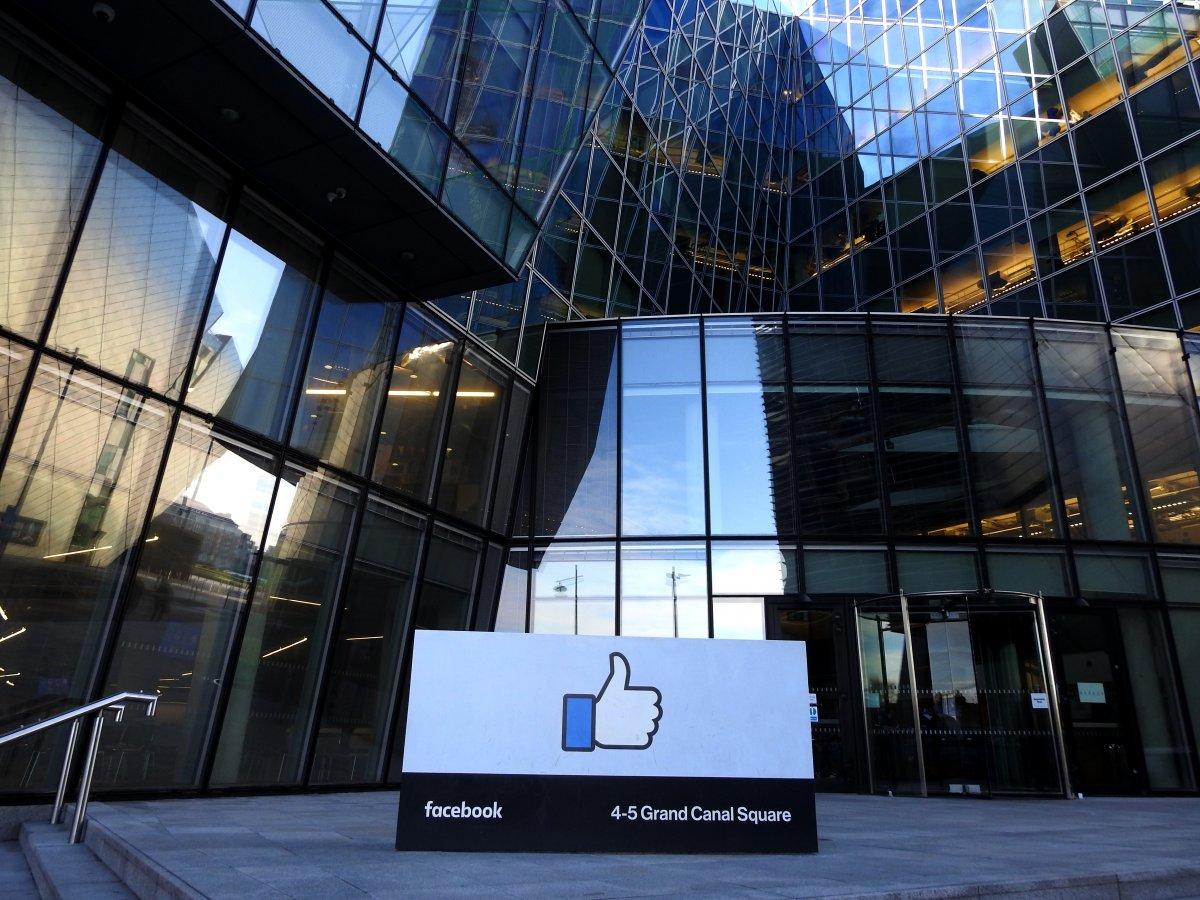 Facebook ändert Umgang mit Nachrichtenseiten, die politischen Hintergrund haben