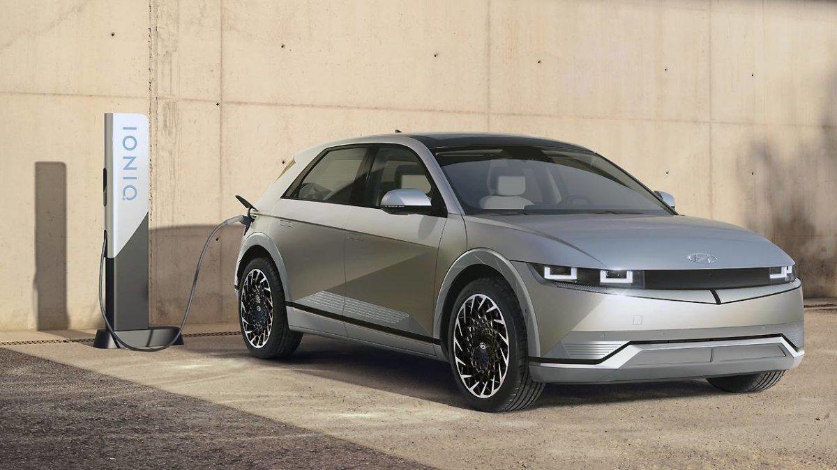Hochspannend: Hyundai stellt Elektroauto Ioniq 5 mit 800-Volt-Batterie vor