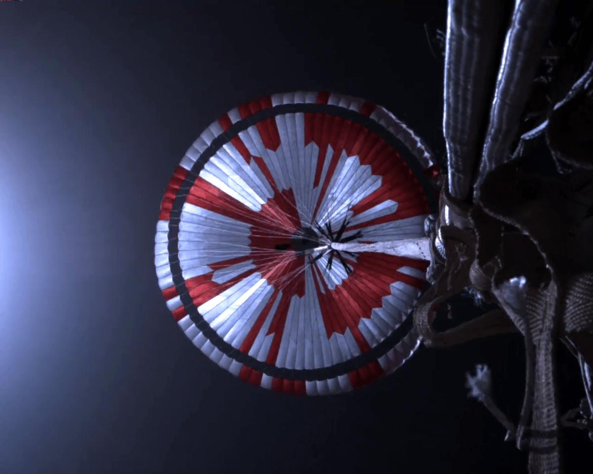 Mars-Rover Perseverance: Verschlüsselte Botschaften und immer mehr Fotos - heise online
