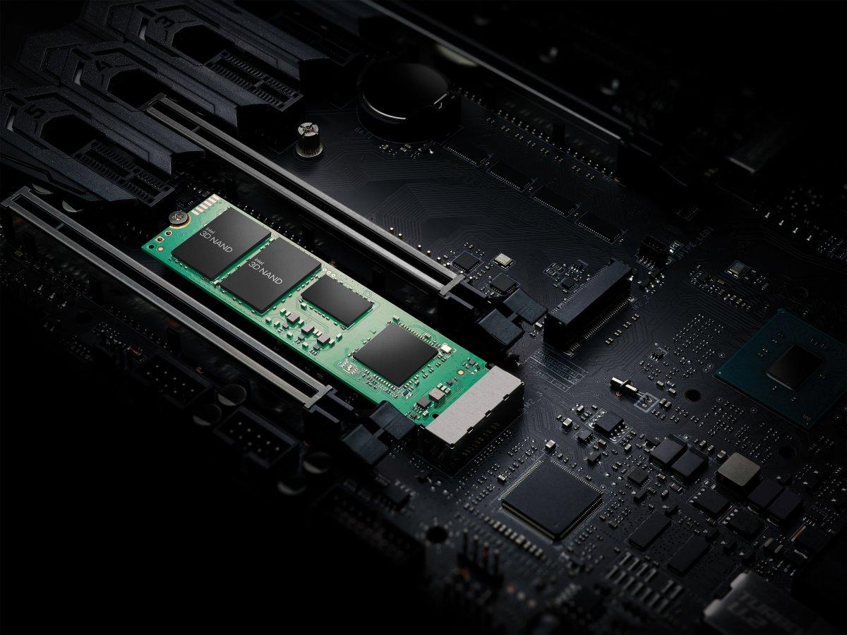 SSD 670p: Intels Einsteigerklasse wird deutlich schneller - heise online