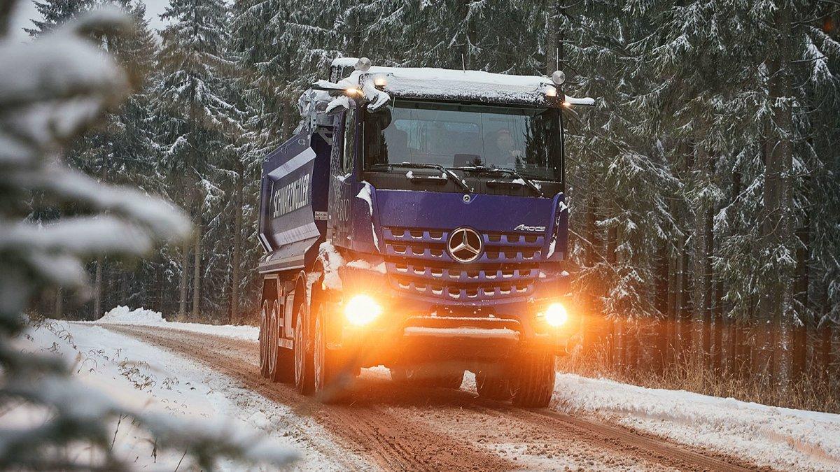 Lkw-Kartell: Spediteure verlangen 160 Millionen Euro Schadenersatz von Daimler - heise online