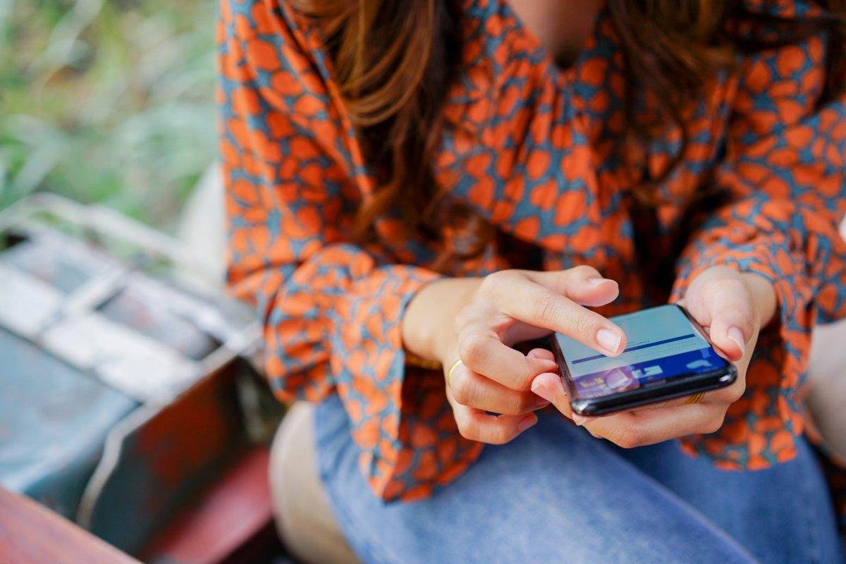 Ex-Mitarbeiter: Facebook fürchtet Blindflug durch Apples Tracking-Transparenz - heise online