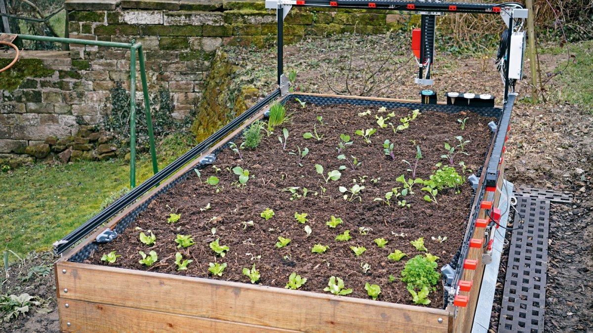 Smart Garden: Vollautomatisch gärtnern mit dem FarmBot