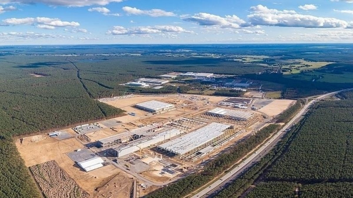 Teslawerk-Gr-nheide-soll-bei-Auslastung-12-000-Arbeitspl-tze-bieten