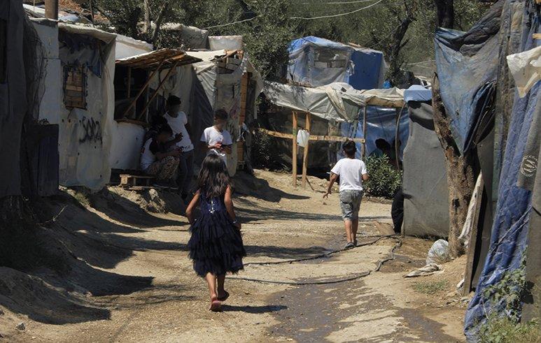 Migration: Französischer Innenminister lobt griechisches Modell der Härte