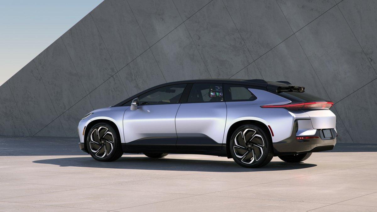 Elektro-Luxusauto: Faraday Future sieht sich gut im Plan