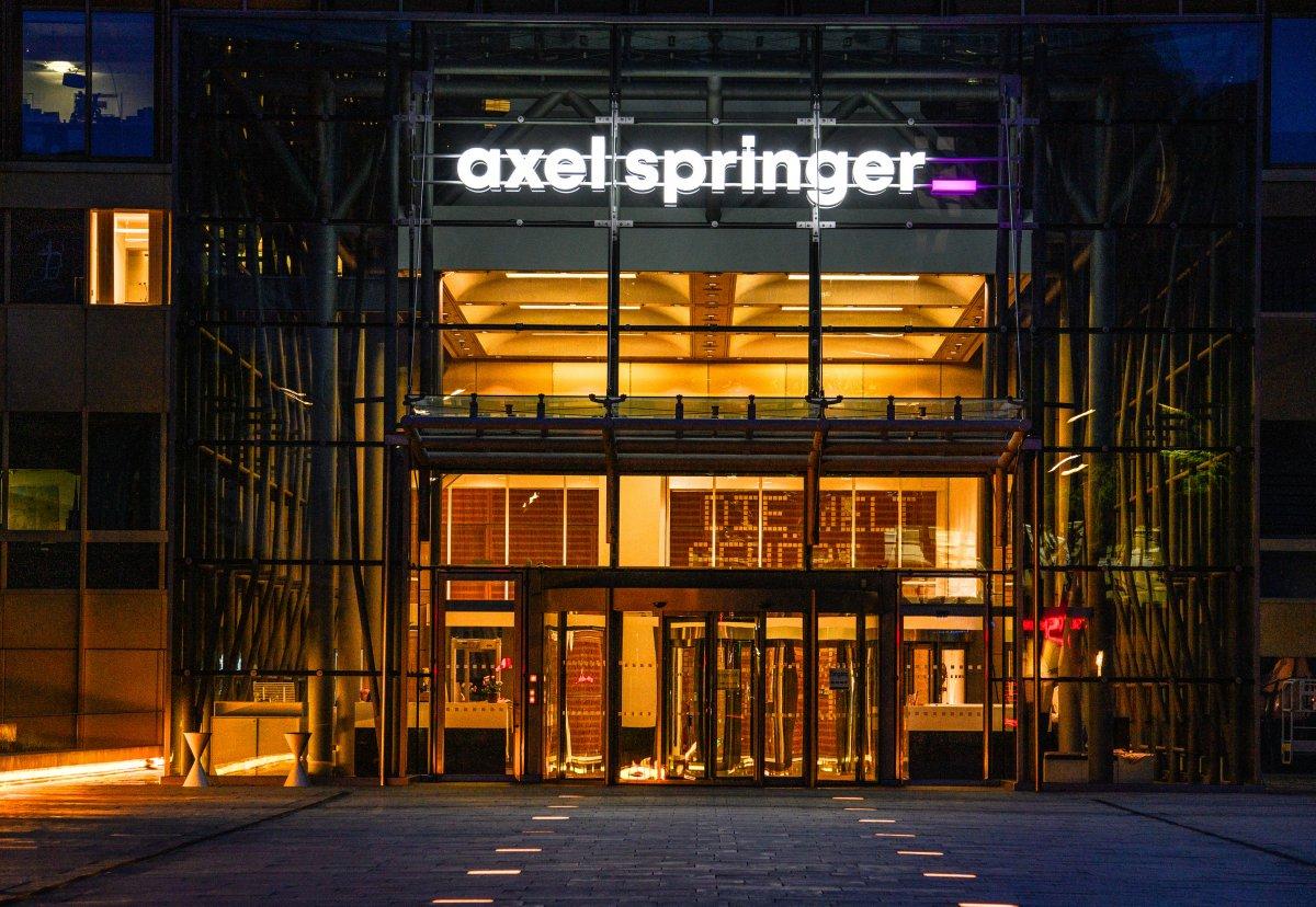 """Axel Springer schließt Kauf von US-Mediengruppe """"Politico"""" ab"""