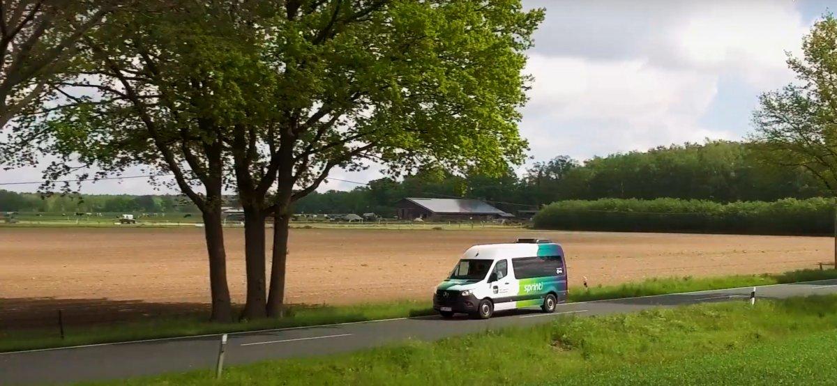 Kleinbus per App: Neue Nahverkehrsmodelle für ländliche Gebiete