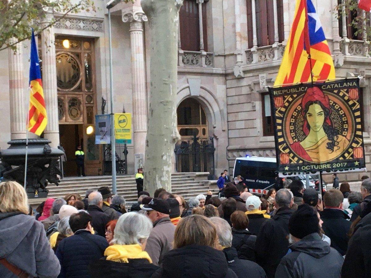 """""""Die spanische Regierung muss sich an den Verhandlungstisch setzen"""""""