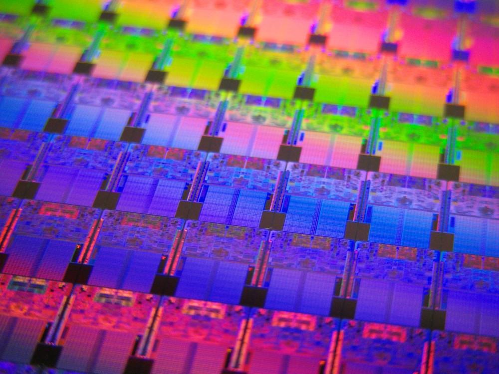 50 Jahre Moores Gesetz: Von der Performance von Prozessoren und der Komplexität von Chips