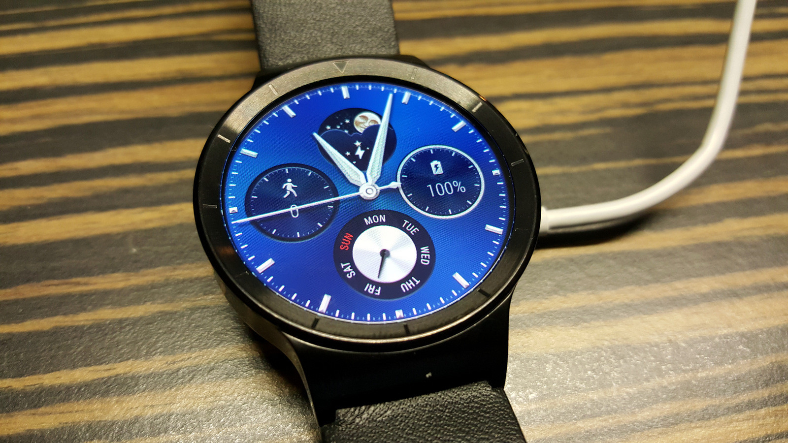 IFA 2015: Smartwatch Huawei Watch im Hands-On