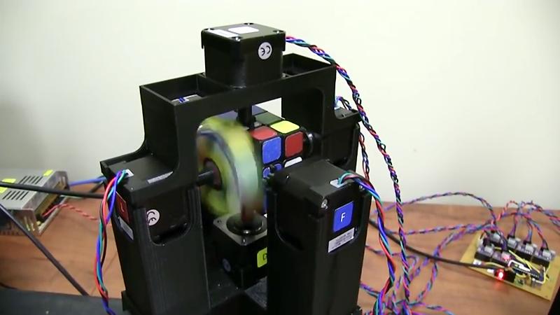 Roboter löst Rubik's Cube – und braucht nur gut eine Sekunde