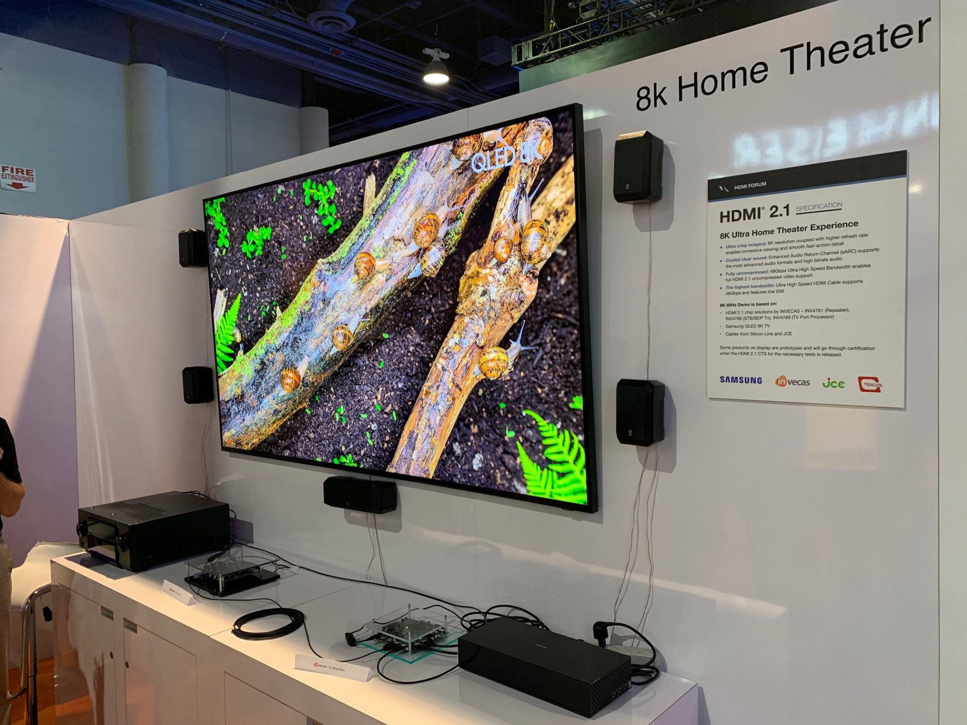 Hdmi 2 1 Demo 8k Videos Mit 60 Hertz An Samsung Tv Heise Online