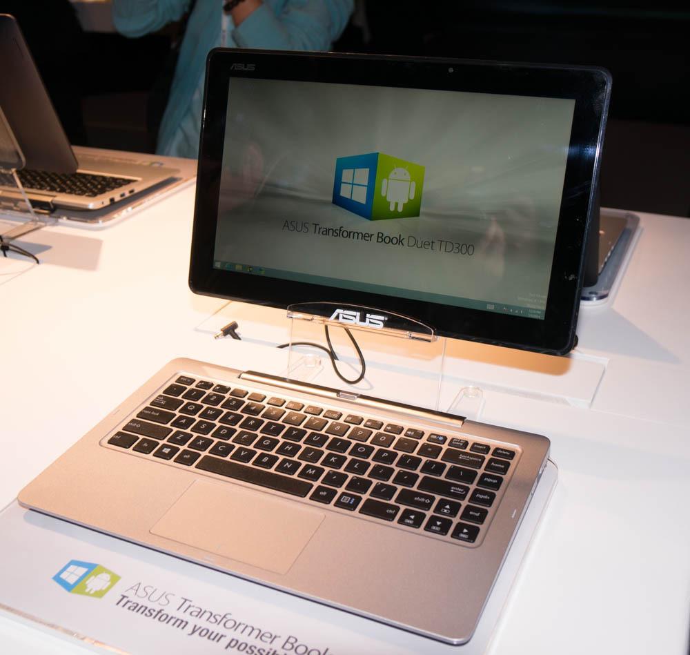 asus zeigt intel smartphones und ein tablet mit windows. Black Bedroom Furniture Sets. Home Design Ideas