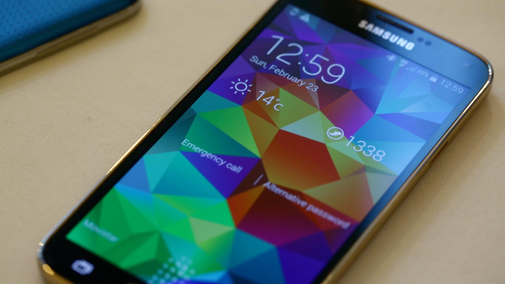 Galaxy S5: Samsung lässt sein neues Flaggschiff vom Stapel