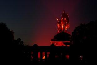 Night of Light 2020 - Kaiser Wilhelm Statue von christof (1)