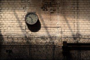 Uhrenvergleich -2- von Dirk E.