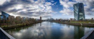 Deutschherrnbrücke-Panorama von Roland Schirmer