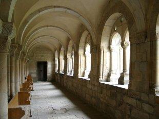 Klostergang von Lothar Hildebrandt