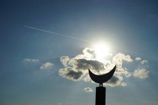 Flieger, grüß mir die Sonne von ElCarnivore