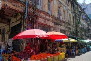 Yangon, Myanmar von Volker H.