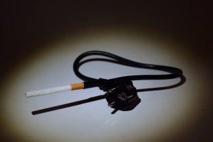 Ähh - Zigarette von Blitzbirnchen
