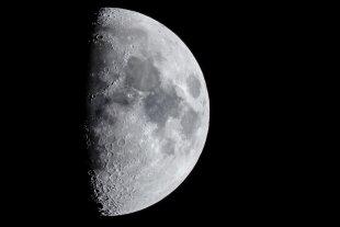 Einfach nur Mond von docolli