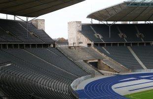 Olympiastadion 18 von AlletaGe