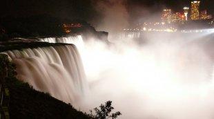 Niagarafälle 5 von RüdigerLinse