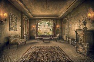 Lost Places  ( Empfangsraum ). von Stephan Gläser
