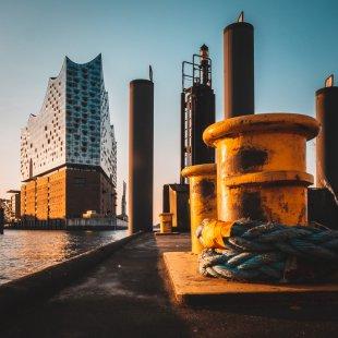 Elbphilharmonie bei Sonnenaufgang von urbanphotographer.de